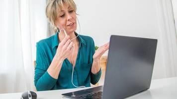 Chat,  Mail oder Call?: Kommunikationsregeln für digitale Kanäle