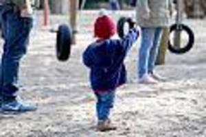 300 euro pro kind - kinderbonus für familien beschlossen: alles, was eltern jetzt wissen müssen