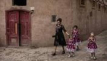 uiguren: nächste generation unerwünscht