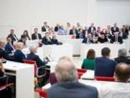 brandenburgs parité-gesetz ist in kraft – sicher ist es nicht