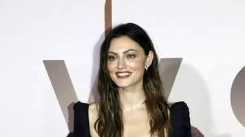 Phoebe Tonkin: Die Schauspielerin ist kein Single mehr