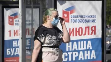 Amtszeit-Verlängerung: Für immer Putin? Russen stimmen über neue Verfassung ab