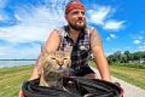 unzertrennliches paar - instagram-hit: ein schotte und seine streunende katze: mit dem fahrrad durch europa