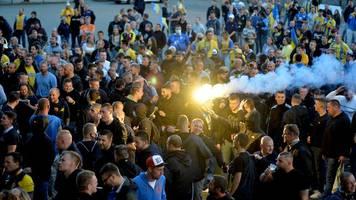 Trotz Corona: Braunschweig-Fans feiern Zweitliga-Aufstieg