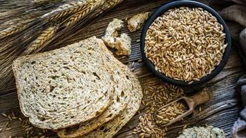 urkorn: dinkelflocken – die gesunde alternative zum frühstück