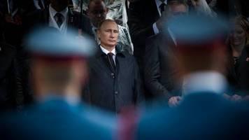 umstrittenes  referendum: allmächtiger putin – russland stimmt mit großer mehrheit für neue verfassung