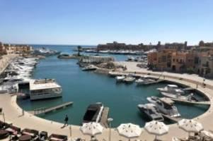 Entschädigung: Corona und Urlaub: Gesetz zu Reise-Gutscheinen beschlossen
