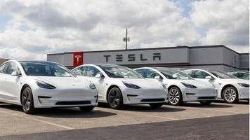 Börsenwert klettert weiter: Tesla ist erstmals der wertvollste Autobauer