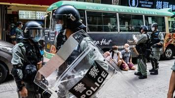Hongkong: China droht Großbritannien - Australien erwägt Sondervisa