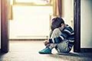"""skandinavien setzt auf eltern-Überwachung - modell für deutschland? wie """"gehirnschutz"""" kinder vor verstecktem missbrauch bewahrt"""