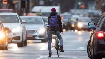 Zum alten Katalog zurück?: Mehrere Länder kippen neue Fahrverbots-Regeln für Raser