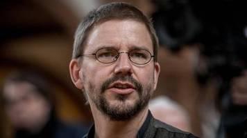 news von heute: deutscher menschenrechtler peter steudtner in türkei von terrorvorwurf freigesprochen