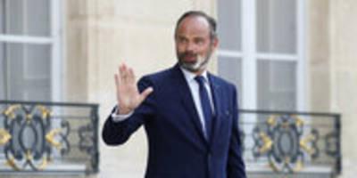 Nach Kommunalwahl in Frankreich: Regierung reicht Rücktritt ein