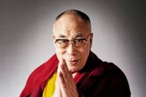 buddhismus: dalai lama hat geburtstag: der gottkönig beliebt zu scherzen
