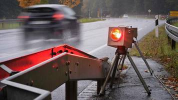 Bußgeldkatalog: Mehrere Bundesländer legen neue Fahrverbots-Regeln für Raser auf Eis