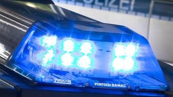 Mann schießt mit Schreckschusspistole aus Fenster: Festnahme