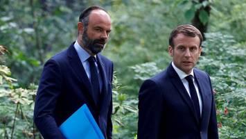 Frankreichs Regierung tritt zurück: Macron will den großen Knall