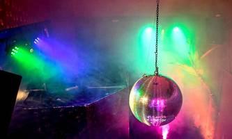 clubs und discos ab august voraussichtlich bis 4 uhr offen