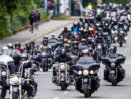 Biker-Ansturm in Städten: Etliche Motorrad-Demos gegen Fahrverbote