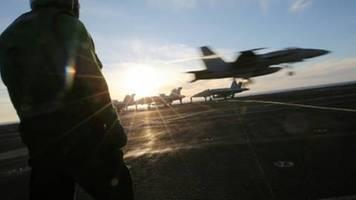 usa schicken flugzeugträger zu militärübung in südchinesisches meer