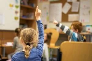 bildung: 16 spandauer schulen sollen erweitert werden