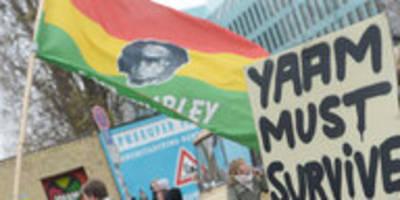 Berliner Club Yaam in Gefahr: An diesen Mauern muss man bauen