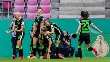 Finale in Köln - Sieg im Elfmeterschießen: Wolfsburg-Frauen holen Pokal