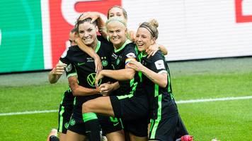 Wolfsburgs Frauen holen Pokal: Sieg im Elfmeterschießen