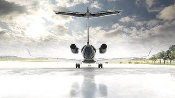 Konsequente Behörden : US-Amerikaner fliegen mit Privatjet nach Sardinien – und müssen umkehren