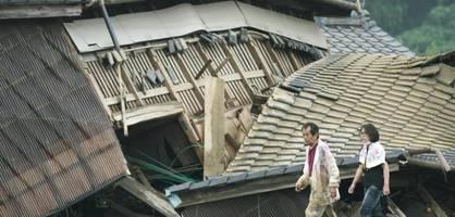 Mehrere Tote, 200.000 Menschen auf der Flucht vor Unwetter