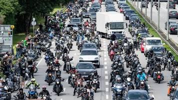 Weitere Motorrad-Demos sind möglich: Biker hoffen auf Söder
