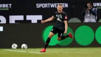 Werder Bremen zittert sich mit 2:2 zum Klassenerhalt