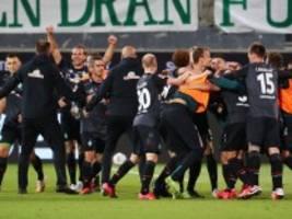 Relegation zur Bundesliga: Bremen bleibt