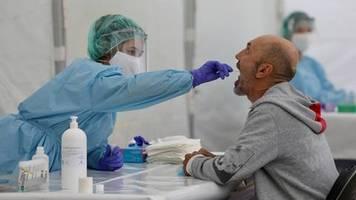 Untersuchung in Spanien: Kaum Anti-Körper: Großstudie bringt keine Hinweise auf Herdenimmunität durch Corona