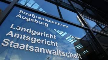 Augsburg: Mutter steht vor Gericht, weil sie ihr neugeborenes Baby zum Sterben ausgesetzt haben soll
