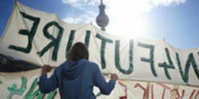 kundgebung gegen kohleausstieg: feierabend for future