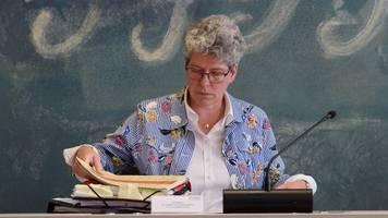 Landtagsthemen Schulen,  EU und Müll: Erneut Kritik an Keding
