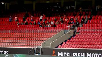 im relegationsrückspiel - spielerfrauen im stadion: heidenheim muss stellung beziehen