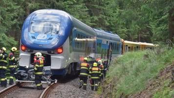 Deutscher unter den Toten: Zugunglück im tschechischen Erzgebirge