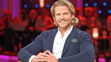 Bachelor Paul Janke überrascht mit Muskelkörper