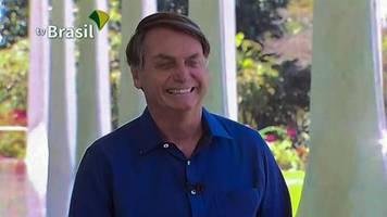 Brasiliens Präsident: Distanz- und maskenlos: Bolsonaro verkündete Corona-Infektion vor Presse – die verklagt ihn dafür