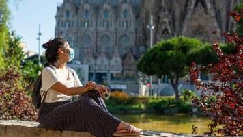 Corona-Maßnahmen: Urlaub mit Maske in Katalonien und Mallorca