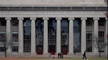 Video: Harvard und MIT klagen gegen Trump-Anweisung