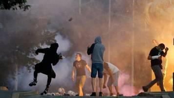 Protest gegen Corona-Maßnahmen: Erneut Demonstrationen und Unruhen in Serbien