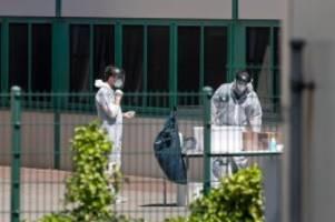Gesundheit: Wiederaufnahme eines Putenschlachthof-Betriebs nach Tests