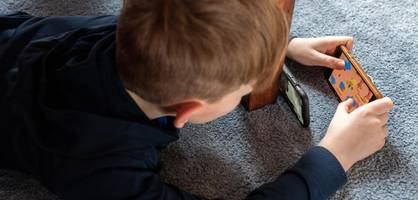 so beeinträchtigt zu viel smartphone-nutzung kinder