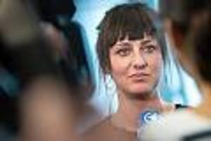 Mutmaßlicher Täter schweigt - Kampf um Vergewaltigungsprozess: 37-jährige Münchnerin zieht vor Verfassungsgericht
