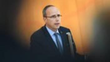 nsu 2.0: innenminister hält rechtes netzwerk bei hessischer polizei für möglich