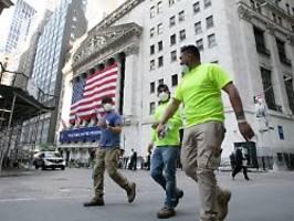 Anleger schieben Sorgen beiseite: Corona-Krise? US-Börsen wieder klar im Plus