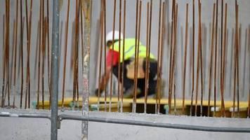 Mehr Beschäftigte: Mitten in der Krise: Baubranche steigert im April Umsätze
